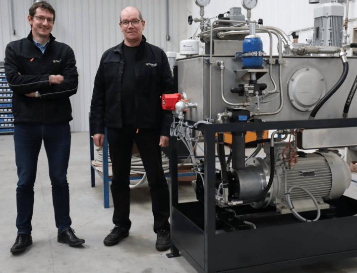les cadres de hydrofluid technologies rachètent l'entreprise qui fabrique des installations hydrauliques en bretagne, en france et a l'etranger